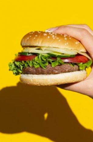 「人造肉」終於在台上市!是泡沫、還是改變市場的新星?